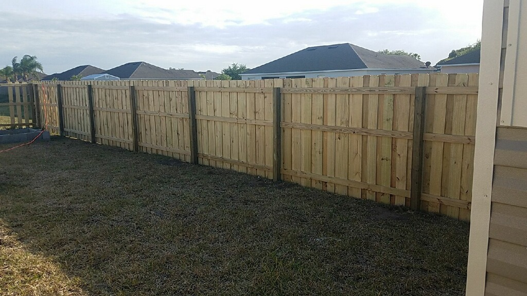 Wood fence Company in Tallahassee, FL