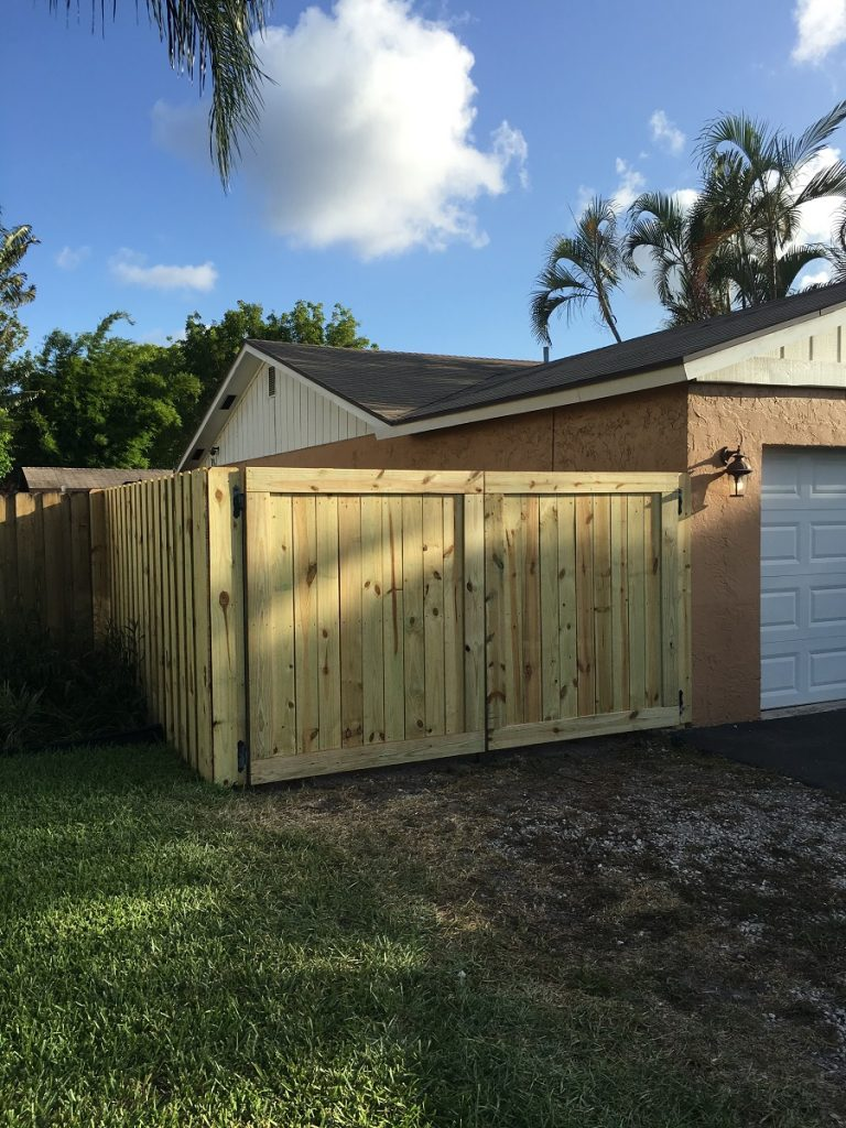 Tallahassee Fence Builders